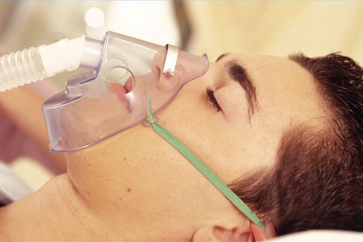 Способы лечения – кислородная маска при гипоксии
